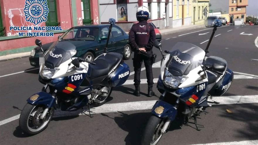 Agentes de la Policía Nacional, en la zona del incidente