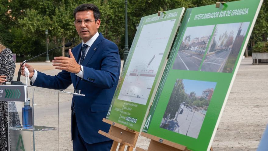 El alcalde de Granada cumple 100 días de mandato plácido y sin apenas oposición