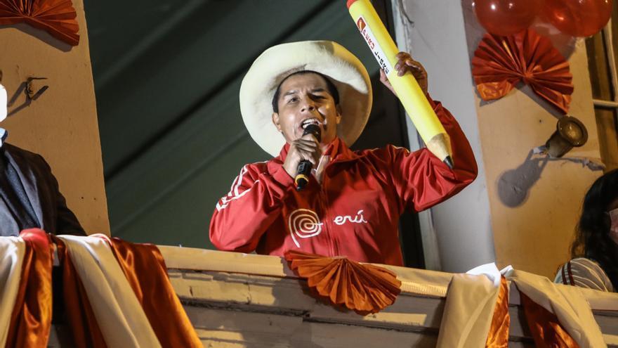 El partido de Pedro Castillo tendrá la primera minoría en el Congreso peruano