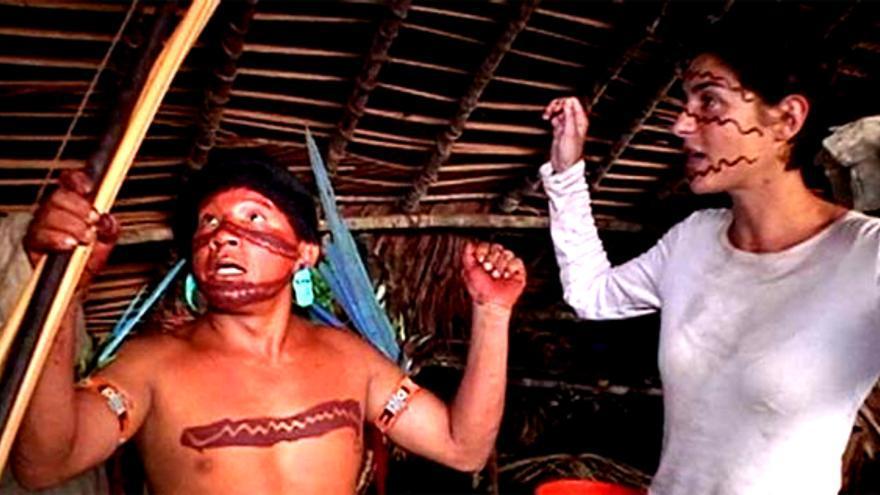"""Los """"Callejeros Viajeros"""" de Cuatro vuelven, degustando hormigas, con la última tribu del Amazonas"""