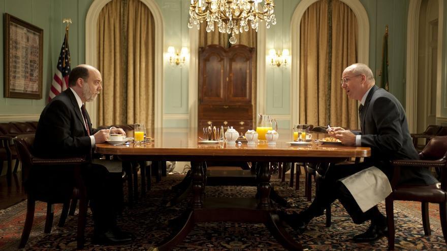 Paul Giamatti y William Hurt en la TV movie Too big to fail