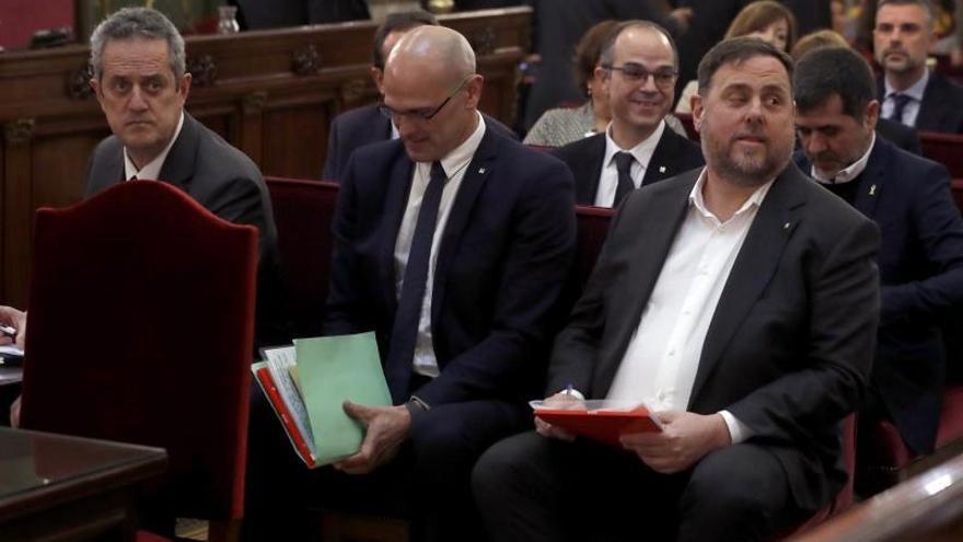 Forn, Romeva y Junqueras, durante el juicio del procés