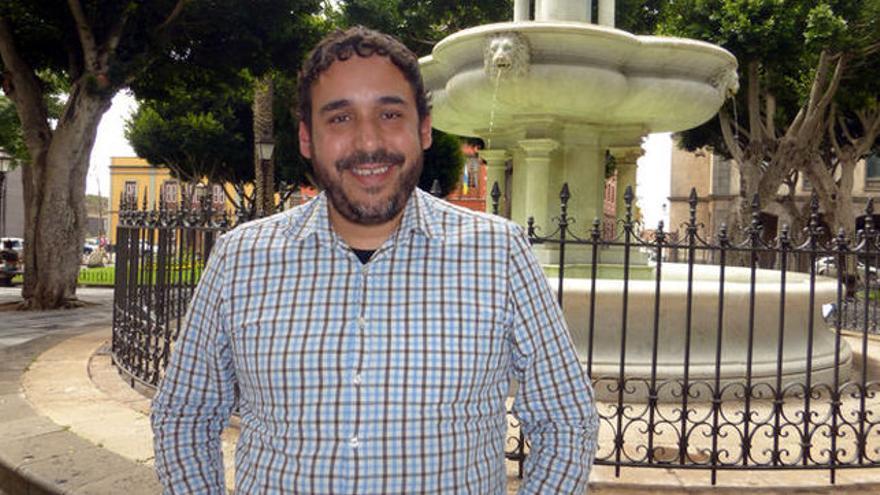 Rubens Ascanio, fotografiado en la plaza de los Adelantados