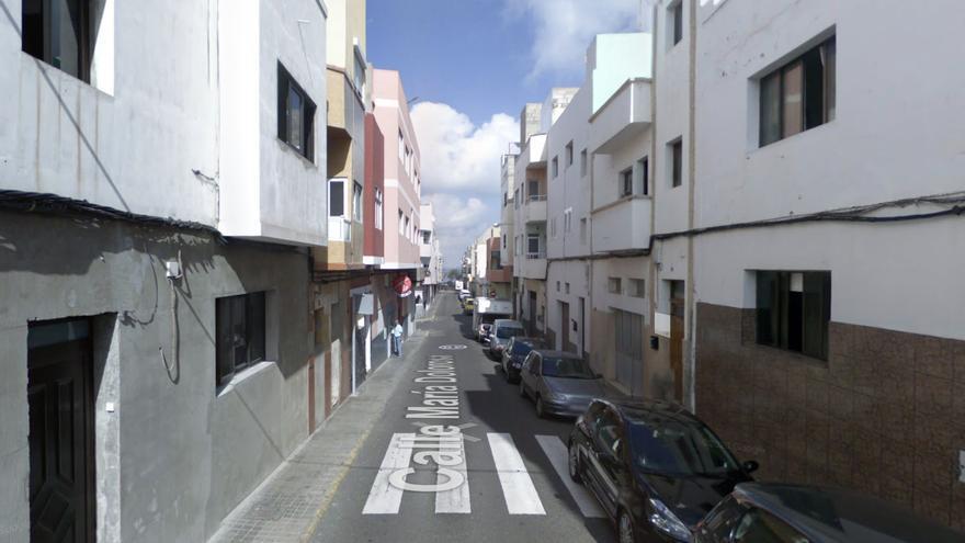 Un niño de 11 años en estado grave tras ser atropellado por una moto en Las Palmas de Gran Canaria