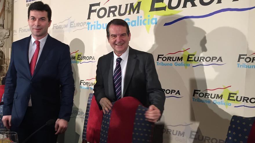 Gonzalo Caballero, secretario general del PSdeG, y Abel Caballero, alcalde de Vigo y presidente de la FEMP