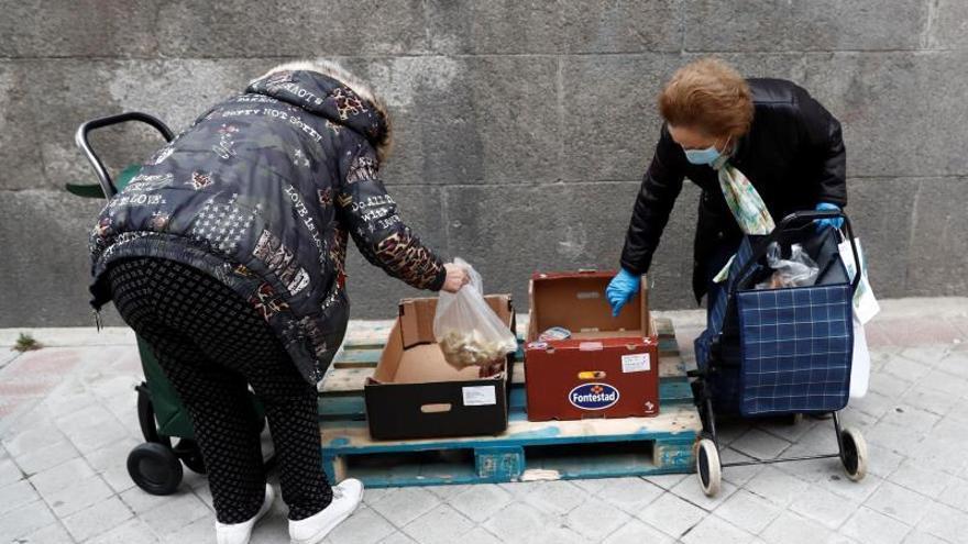 La Fundación Madrina pasa de repartir comida a 600 familias al día a 2.000
