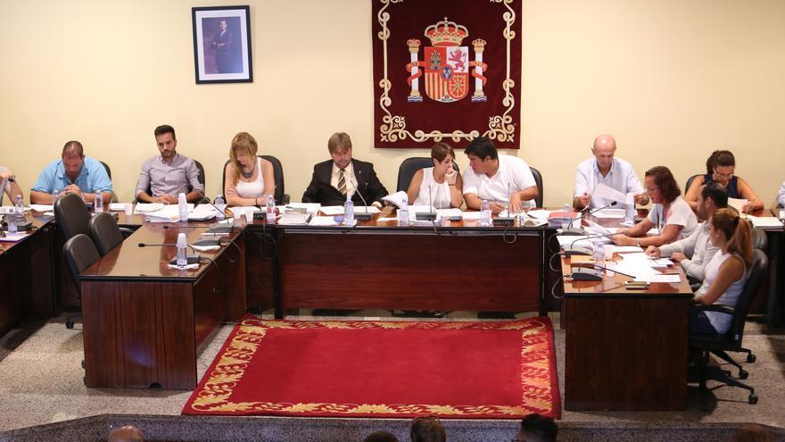 Imagen de archivo de un pleno en el Ayuntamiento de Mogán