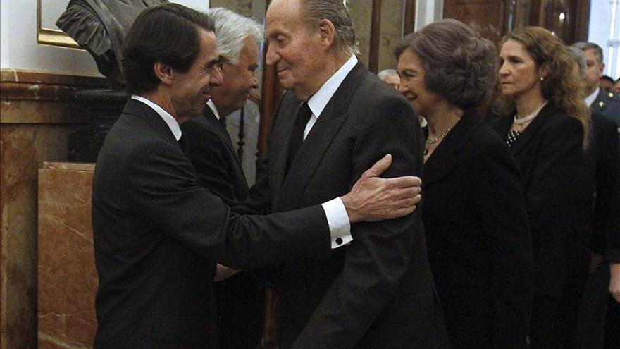 Aznar afirma que el Príncipe es garantía tan sólida para la democracia como fue el Rey