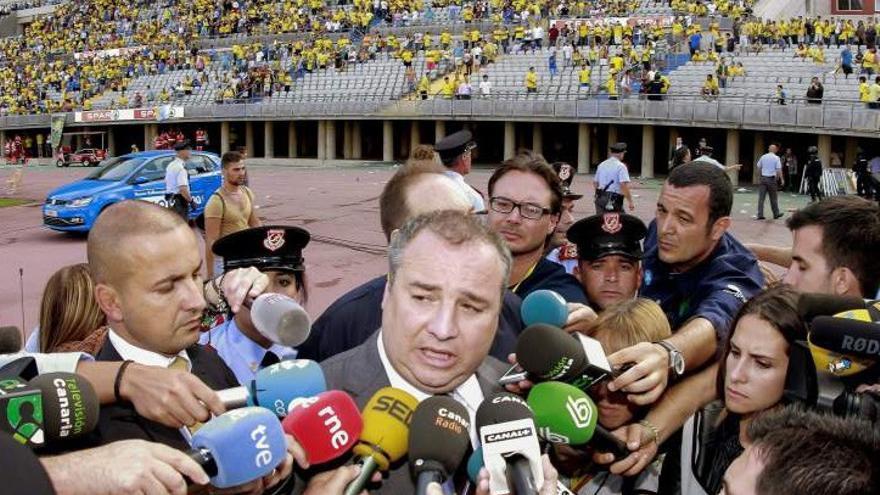Miguel Ángel Ramírez ante los medios de comunicación el día del 'cordobazo'.