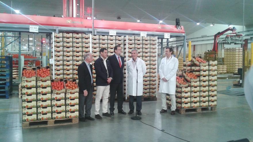 """Rajoy destaca potencial exportador de España, """"capaz de competir con otros países"""", y repunte del sector agroalimentario"""