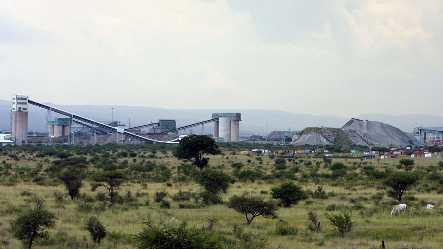 El sindicato impulsor de la huelga en una mina sudafricana no firmará un acuerdo de paz