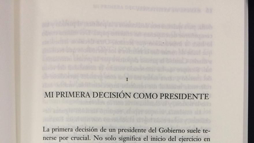 """""""Mi primera decisión como presidente"""" es el primer capítulo de 'Manual de Resistencia', el libro autobiográfico de Sánchez"""