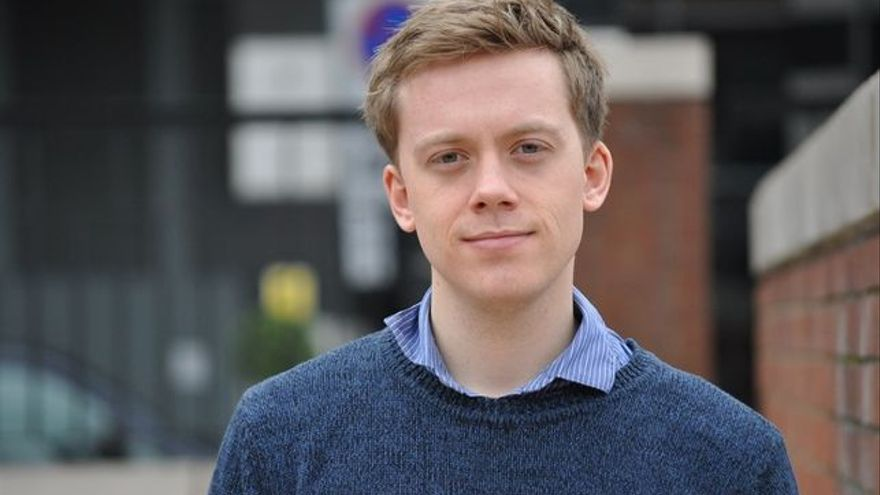 El escritor Owen Jones