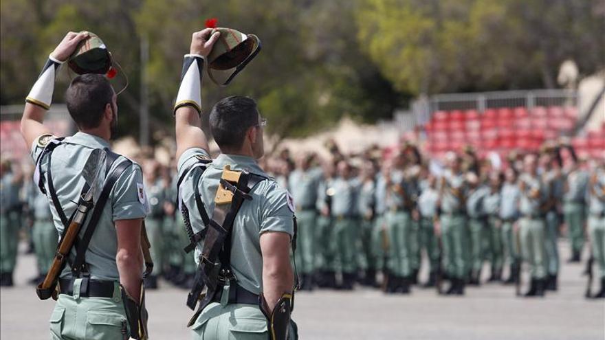 La Legión despide en Almería a la primera unidad española que partirá a Mali