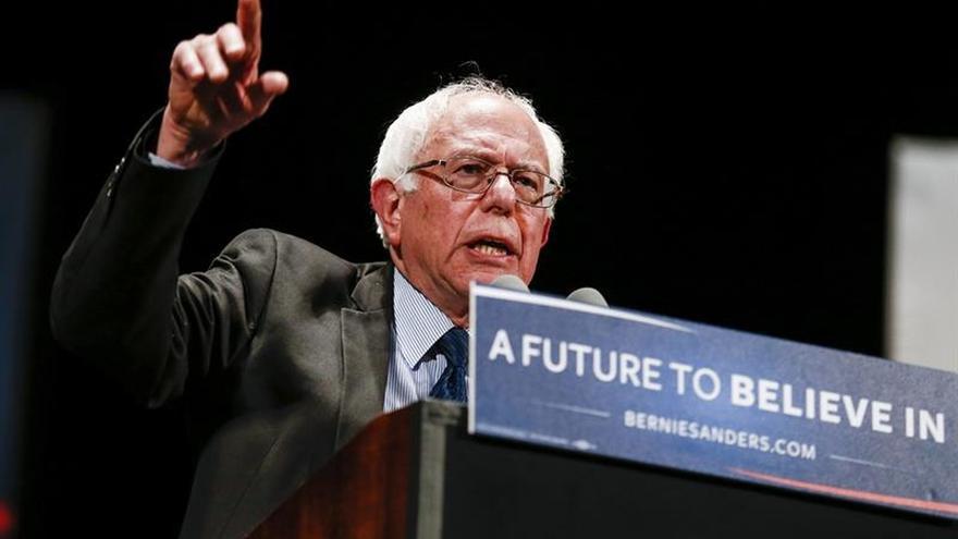 Sanders aboga en Arizona por los beneficios migratorios para los indocumentados