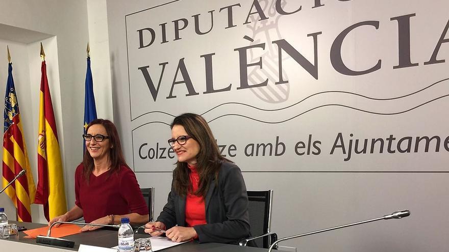 Las vicepresidentas de la Diputación de Valencia, Maria Josep Amigó, y de la Generalitat Valenciana, Mónica Oltra