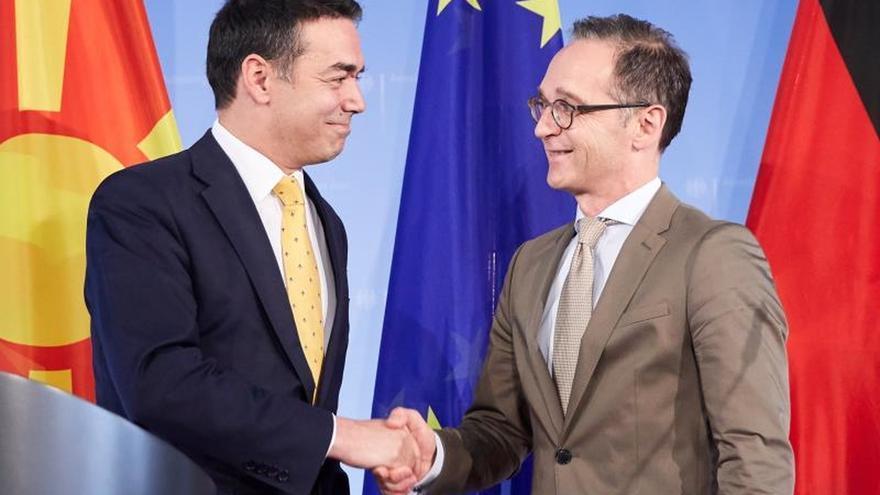 Berlín expresa su respaldo a Macedonia tras el fin del litigio con Grecia