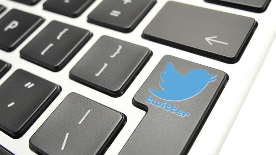 Twitter enlaza un tuit de Trump con información verificada que lo contradice