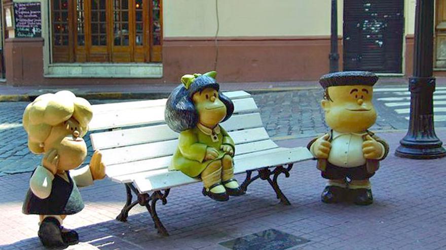 El Paseo de la Historieta de Buenos Aires, donde Mafalda y sus amigos homenajean el humor argentino