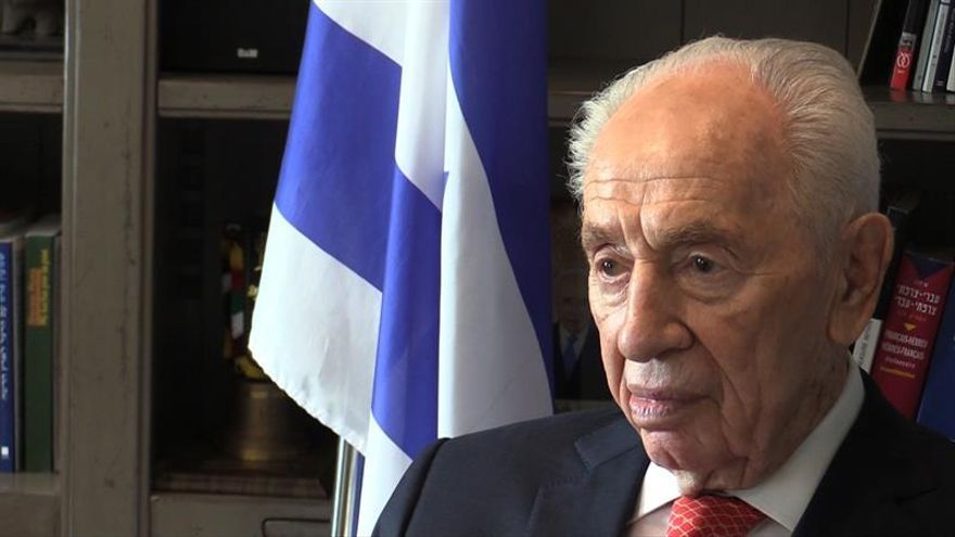 Peres se mantiene estable y registra una mejoría para respirar por sí mismo