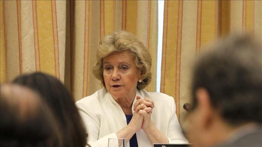 Becerril pide al Gobierno que desarrolle el reglamento de la Ley de Víctimas