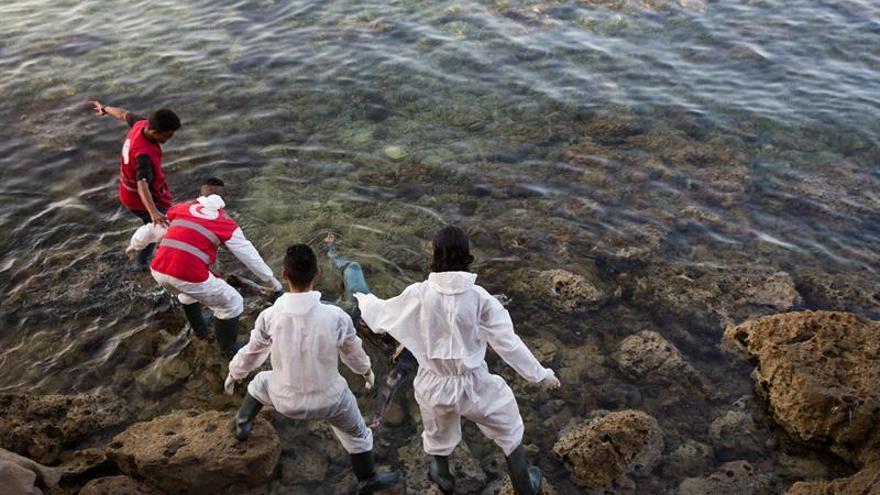 Bruselas propondrá reasentar a más refugiados en la Unión Europea