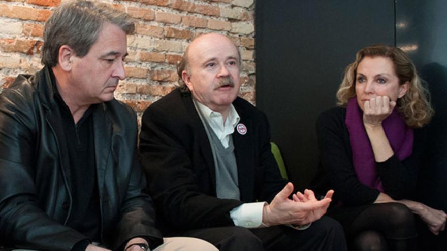 Toni Benavent, Josep Lluís Sirera y Mariangeles Fayos, durante la entrevista