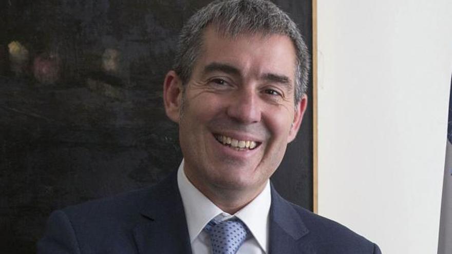 Fernando Clavijo en la Embajada de Francia en Madrid. (Flickr presican).