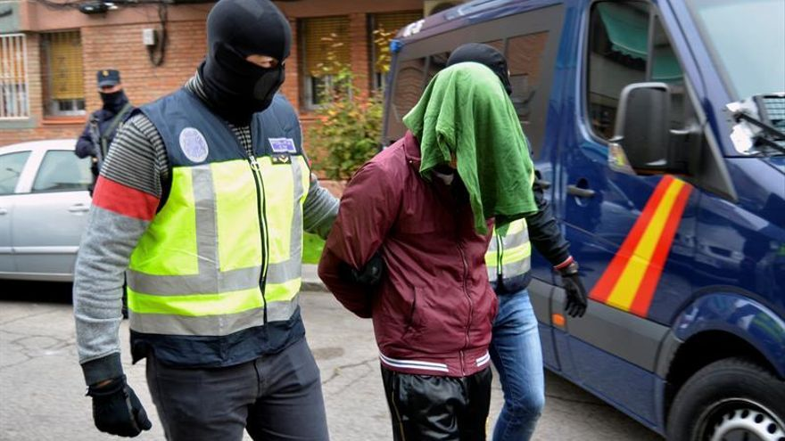 Detenido un yihadista clave en el aparato de propaganda y captación del DAESH