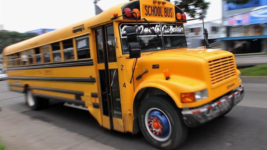 Numerosos muertos en un accidente de un autobús escolar en EE.UU.