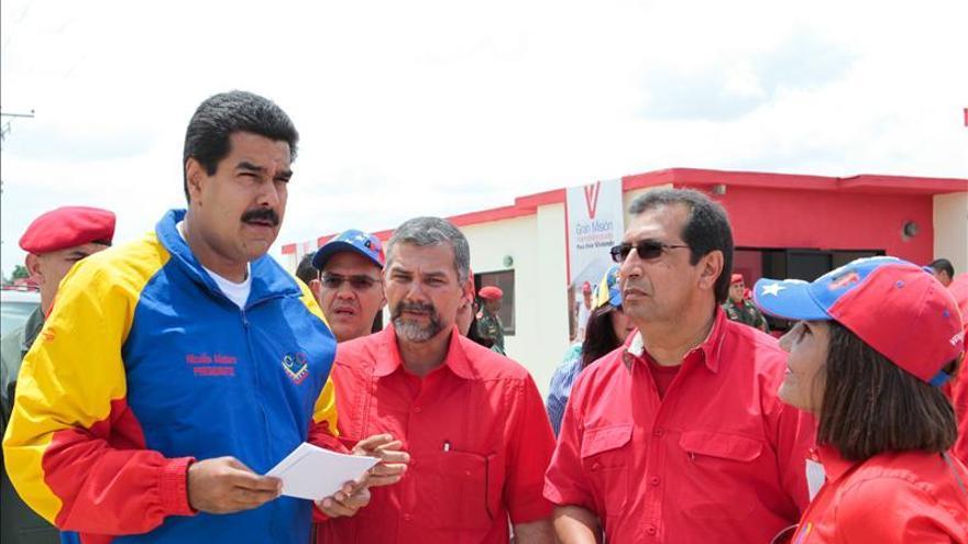 Maduro plantea que quienes reciban viviendas del Estado paguen por ellas