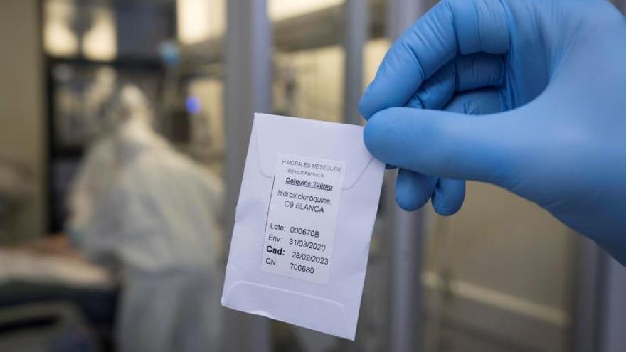 Francia prohíbe utilizar la hidroxicloroquina para tratar la covid-19