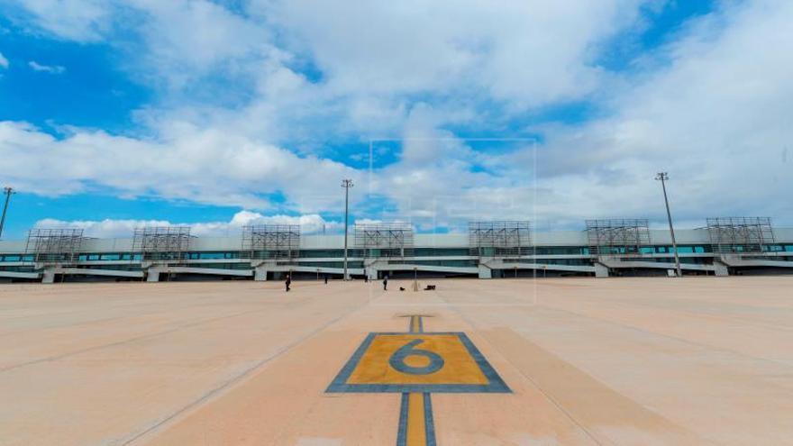 El aeropuerto de Murcia estará listo para operar vuelos en diciembre
