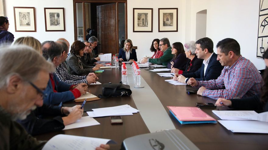 Reunión del Pacto por el Tajo en Toledo / Ayuntamiento