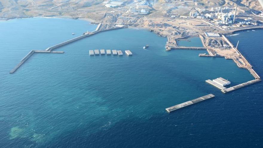 Obras de construcción del puerto de Granadilla, en el sur de Tenerife / Autoridad Portuaria