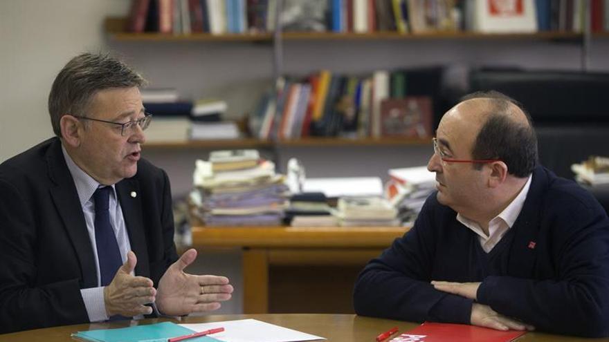 Puig e Iceta piden que se abra una negociación para la reforma constitucional