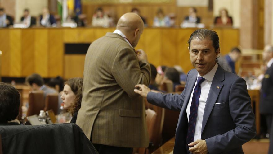 Parlamento insta a Junta, con el único rechazo de Vox, al cumplimiento de la Ley andaluza de Memoria