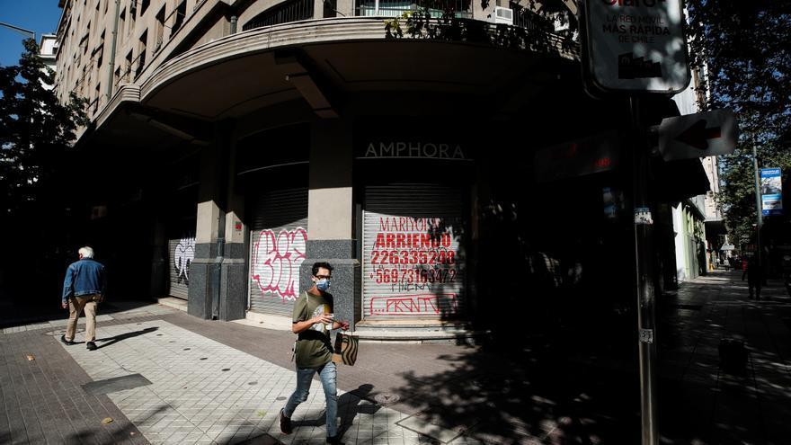 Chile confina Santiago por el colapso sanitario y pese a la alta tasa de vacunación