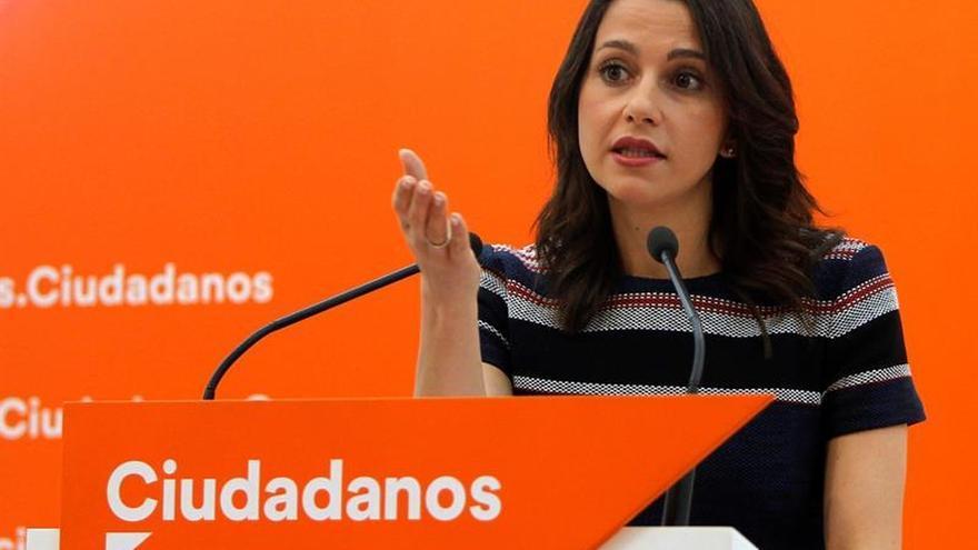 Arrimadas respeta decisión del juez belga pero reclama un Govern en Cataluña