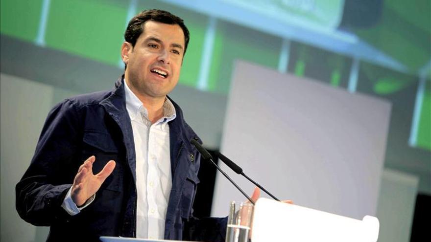 """Moreno ve """"muy sola"""" a Díaz y con """"envidia"""" porque a él lo arropa Rajoy"""