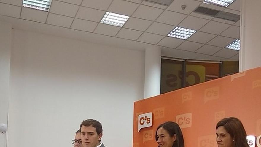 """Rivera, satisfecho con los resultados de C's pese a la ley electoral y a competir con dos partidos """"hegemónicos"""""""