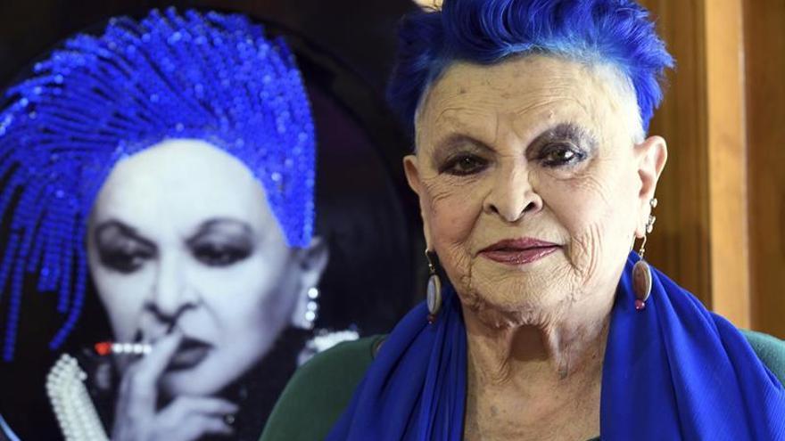 """Lucía Bosé presenta una colección 'Piatti' en homenaje a mujeres """"desobedientes"""""""