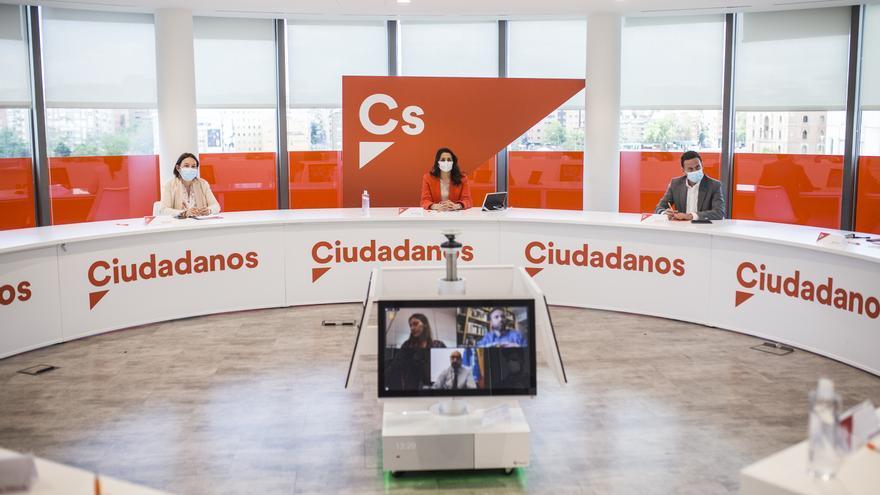 Archivo - La líder de Ciudadanos, Inés Arrimadas, presidiendo una reunión del Comité Permanente del partido.