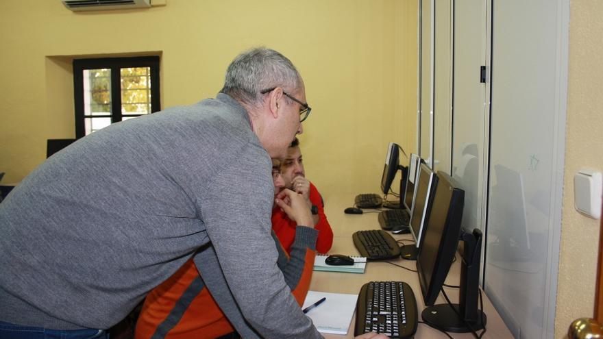 Mas de 200 parados se benefician de los cursos gratuitos de formación para el empleo de Mairena del Aljarafe