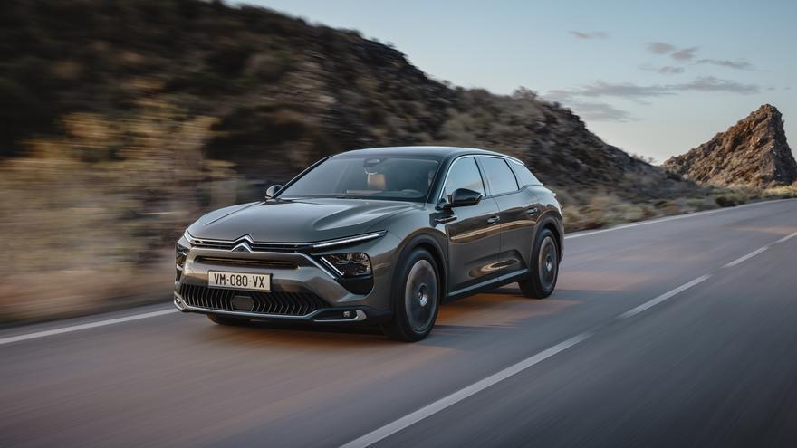 El Citroën C5 resucita convertido en híbrido entre berlina, 'break' y SUV