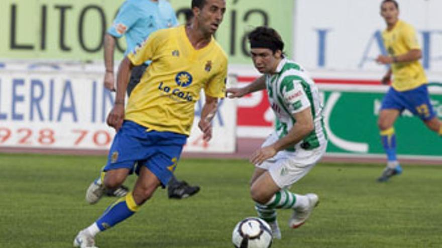 David González seguirá en la UD Las Palmas hasta junio de 2014. (QUIQUE CURBELO / VS3-ACN PRESS)