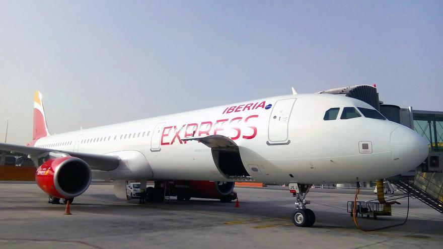 Avión A321 de Iberia Express.