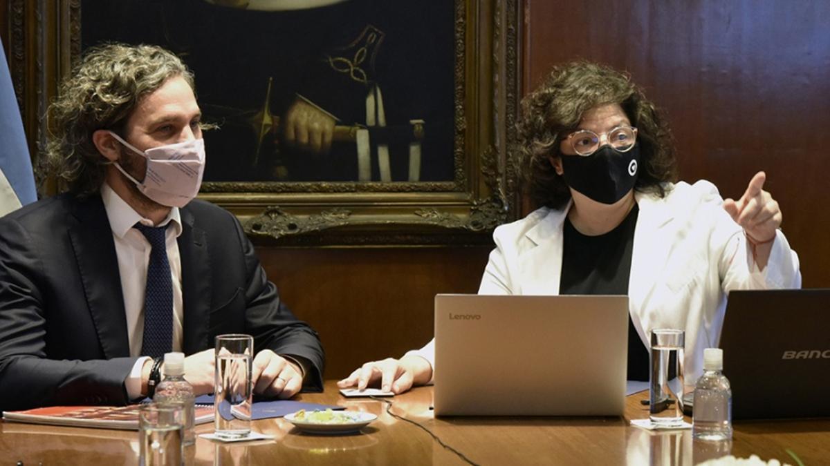 El Gobierno analiza la situación con autoridades sanitarias provinciales y científicos.