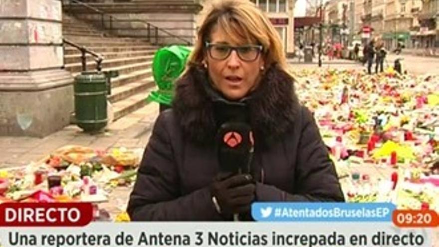 La periodista de Antena 3 en Bruselas: 'Me lanzaron la espumilla a la cabeza'