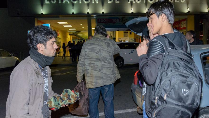 Los refugiados a su llegada en autobús a Alicante el pasado jueves